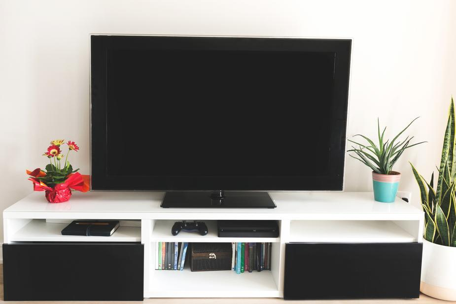 home-tv-stand-shelves